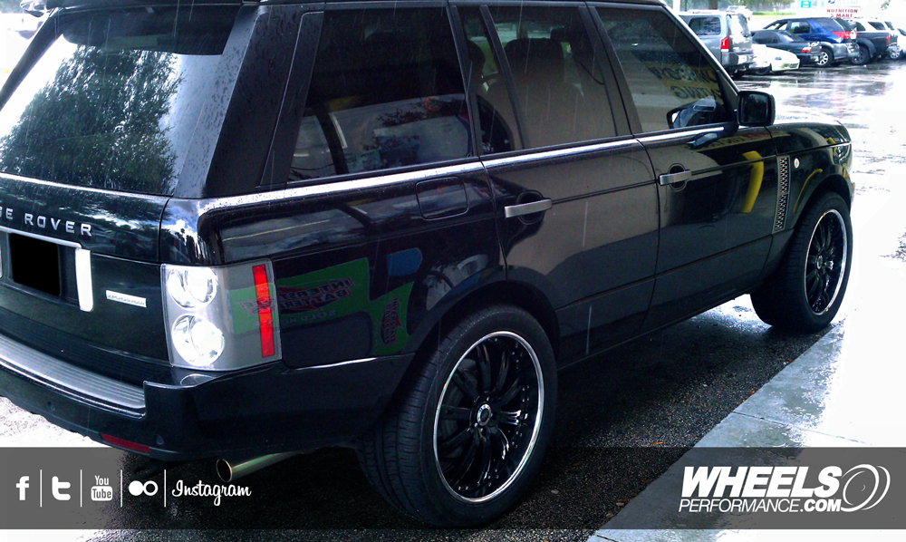 "OUR CLIENT'S RANGE ROVER WITH 22"" COR LLARDO WHEELS"