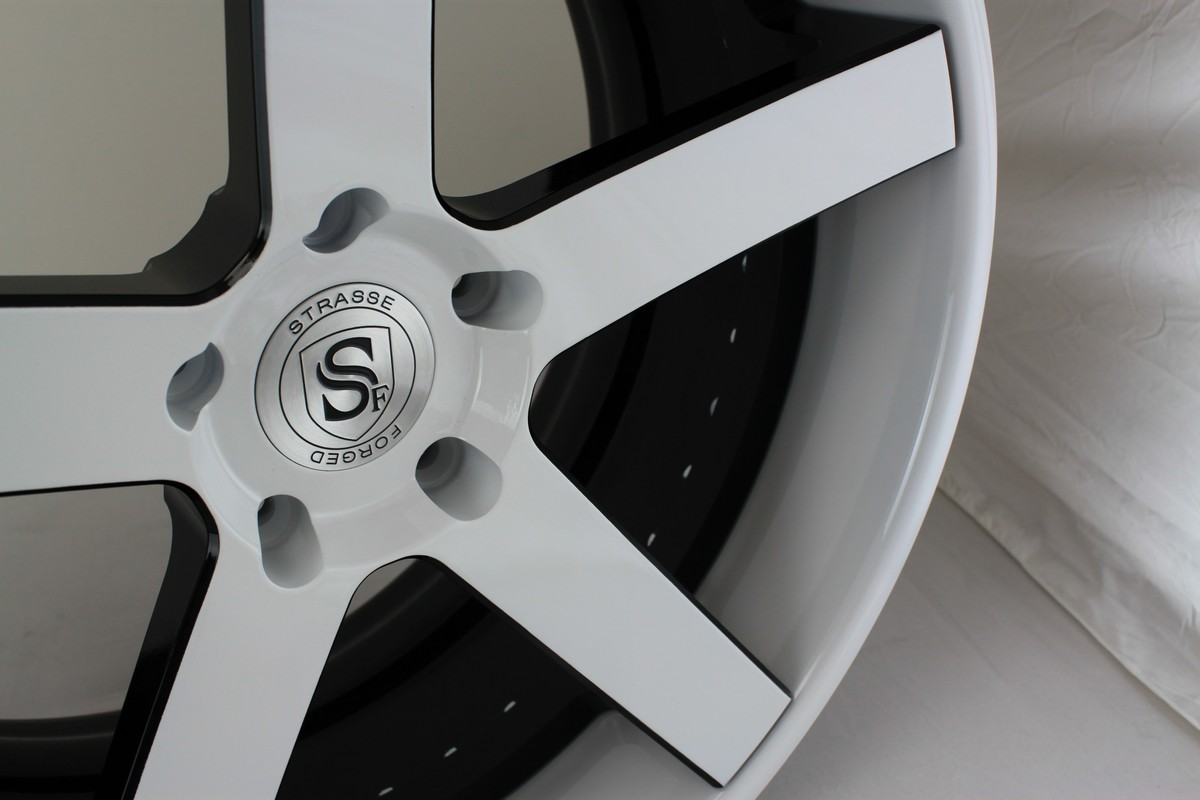 STRASSE FORGED T5 CONCAVE HI-RESOLUTION GALLERY