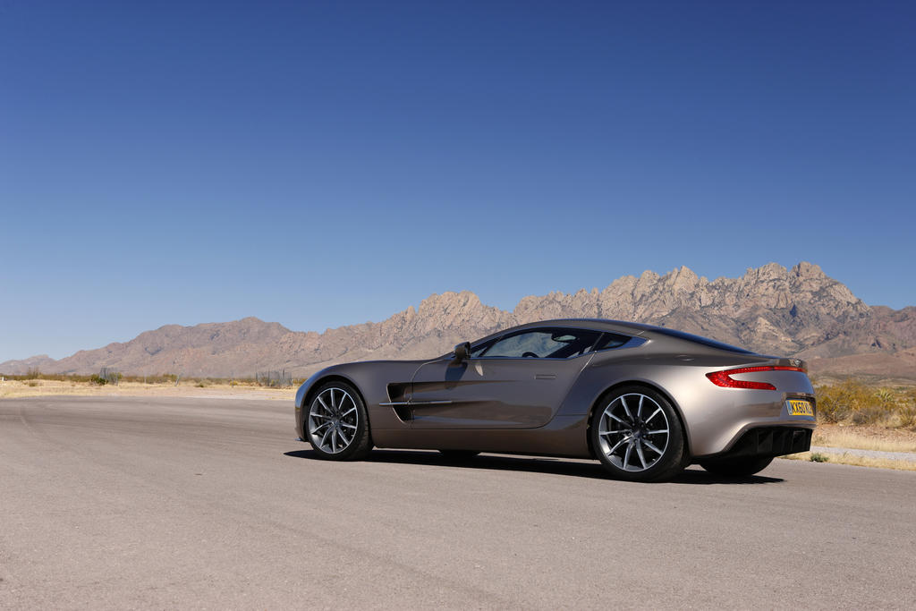 CG ASTON MARTIN ONE-77