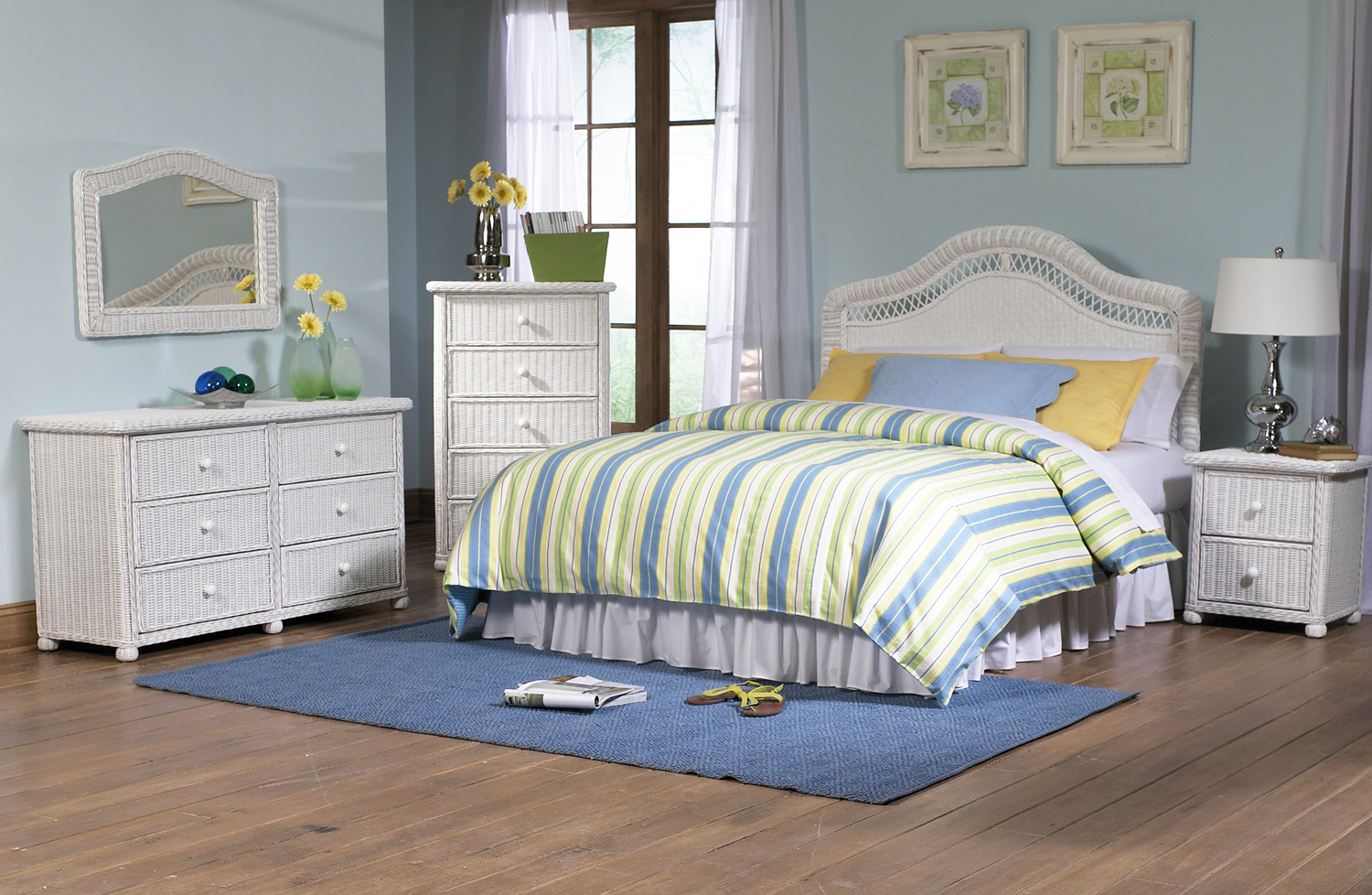 Wicker bedroom set White wicker bedroom furniture