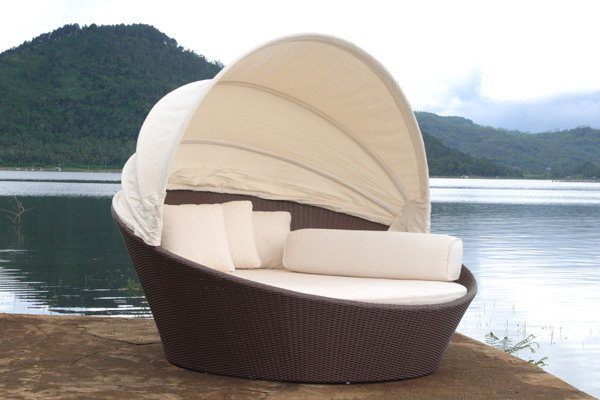 Outdoor Wicker Day Bed - Outdoor Patio Furniture - Wicker Beds & Daybeds
