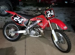 Customers 2000-2001 Honda CR250 Black with Red Shock Series by FactoryRide