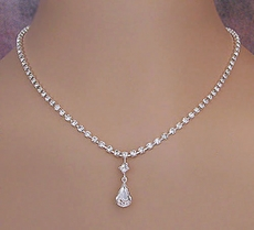 IRRESISTIBLE CLEAR CRYSTAL JEWELRY SET - SOLD OUT