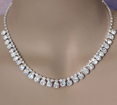 DEFINING MOMENT CLEAR RHINESTONE NECKLACE SET