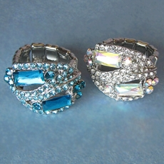 MANHATTAN ELASTIC <br>COSTUME JEWELRY RHINESTONE RING - ONLY TURQUOISE REMAINING