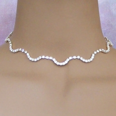 S-SHAPED CHOKER AND EARRINGS SET