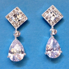 VIABLE BURST CZ EARRINGS