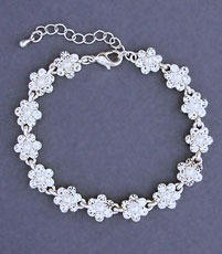 PEARLY LOT FAUX PEARL WEDDING BRACELET