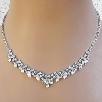 PAM'S DELIGHT RHINESTONE NECKLACE AND EARRINGS SET