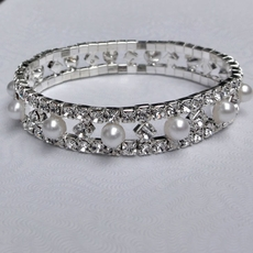 PEARLS CONNECTED WEDDING RHINESTONE BRACELET