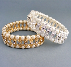BEAUTY SECRET GOLD FAUX PEARL AND RHINESTONE BRACELET - SOLD OUT OF SILVER