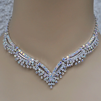 FERENZIA AB-REFLECTIVE RHINESTONE 3PC NECKLACE SET WITH MATCHING NECKLACE, BRACELET AND EARRINGS