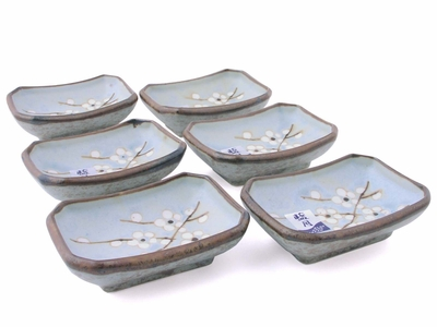 Cherry Blossoms On Blue Saucer – Set of Six