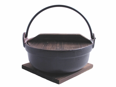 6-1/4 Inch Cast Iron Nabe with Trivet