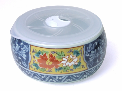 Arita Porcelain Decorated Japanese Rice Bowl with Lid