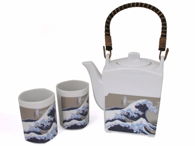 """The Great Wave""  Teapot Set"