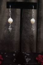 Antque Silver Dangle-white freshwater pearl