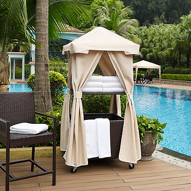 Crosley Palm Harbor Outdoor Wicker Towel Valet With Sand