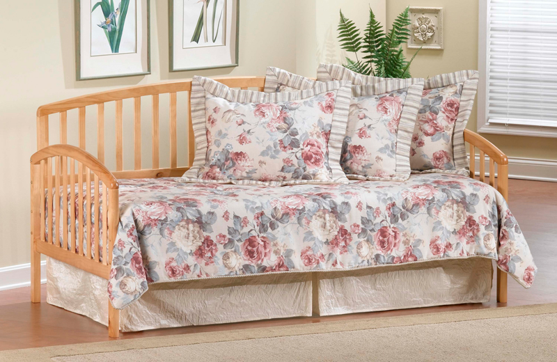 Hillsdale Carolina Daybed In Country Pine With Mattress S...