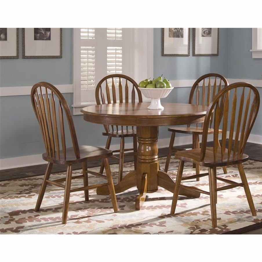 Liberty Furniture Nostalgia 5 Piece Round Pedestal Table