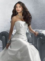Chic Strapless Wedding Bridal Dress Alfred Angelo 2182