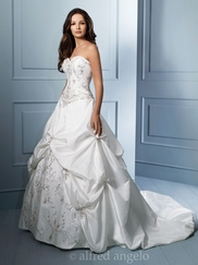 Regal Strapless Wedding Bridal Dress Alfred Angelo 758