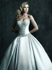 Strapless Sweetheart Wedding Ball Gown Couture By Allure Bridals C240