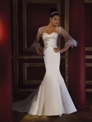 Demetrios Bridal Gowns Add Beauty to Your Wedding Day