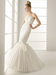 Mermaid Wedding Gowns: Simple and Sexy