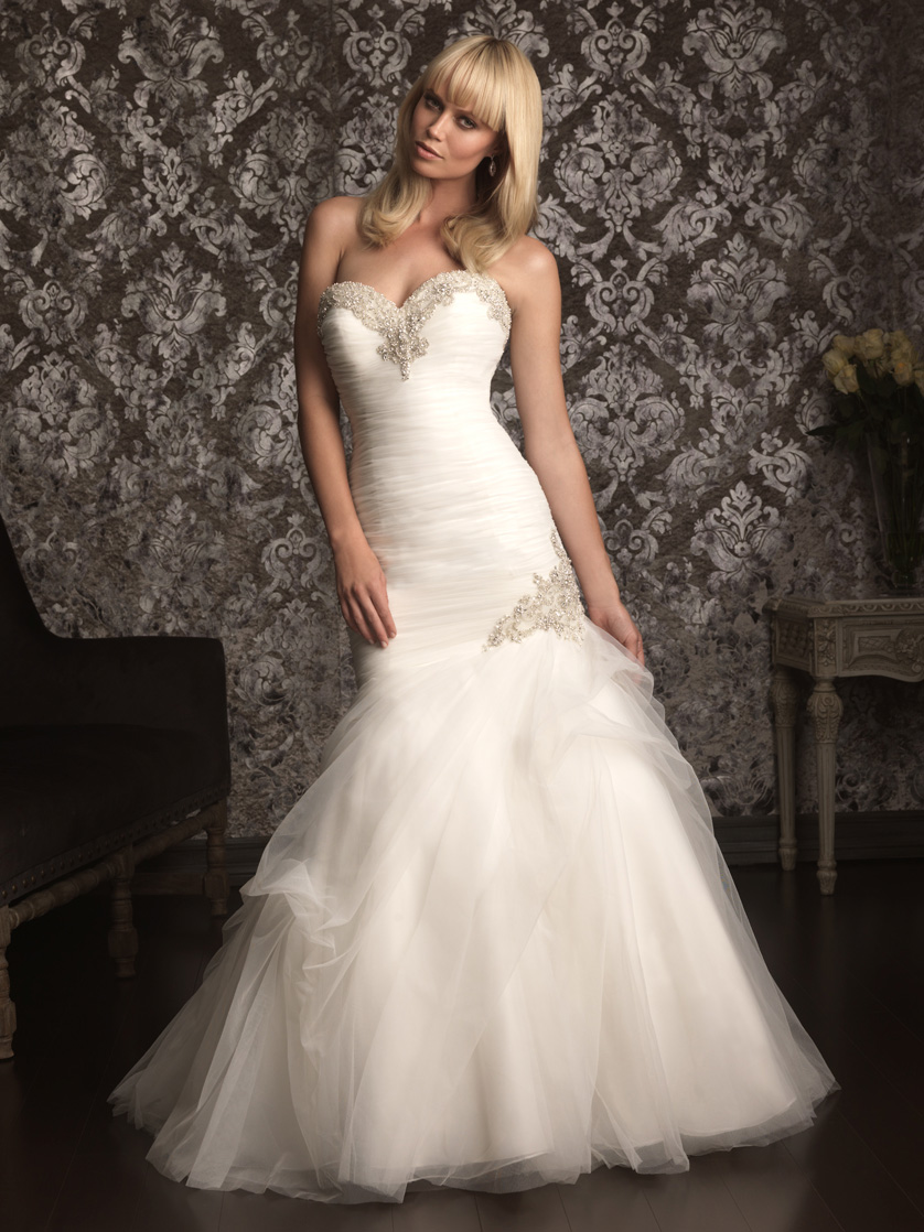 Allure Bridals Ivory Fit and Flare Wedding Gown 9002|DimitraDesigns.com