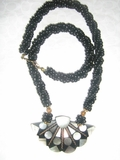 WOMEN'S FASHION MOTHER OF PEARL SHELL NECKLACE