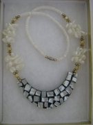 WOMEN'S FASHION MOTHER OF PEARL PUCCA SHELL NECKLACE