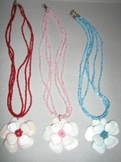 MOTHER OF PEARL FLOWER W/ GLASS BEADING NECKLACE