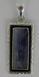 Charles Albert Collection Blue Kyanite Pendant