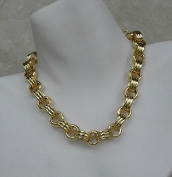 Kenneth Jay Lane Necklace Gold Oval & Circle Links