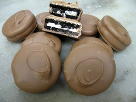 Chocolate Covered Oreos - Dozen