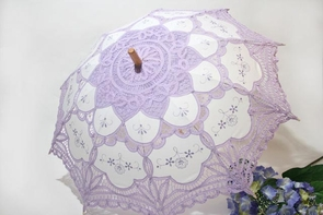 26 Inch Lavender and White Lace Parasol