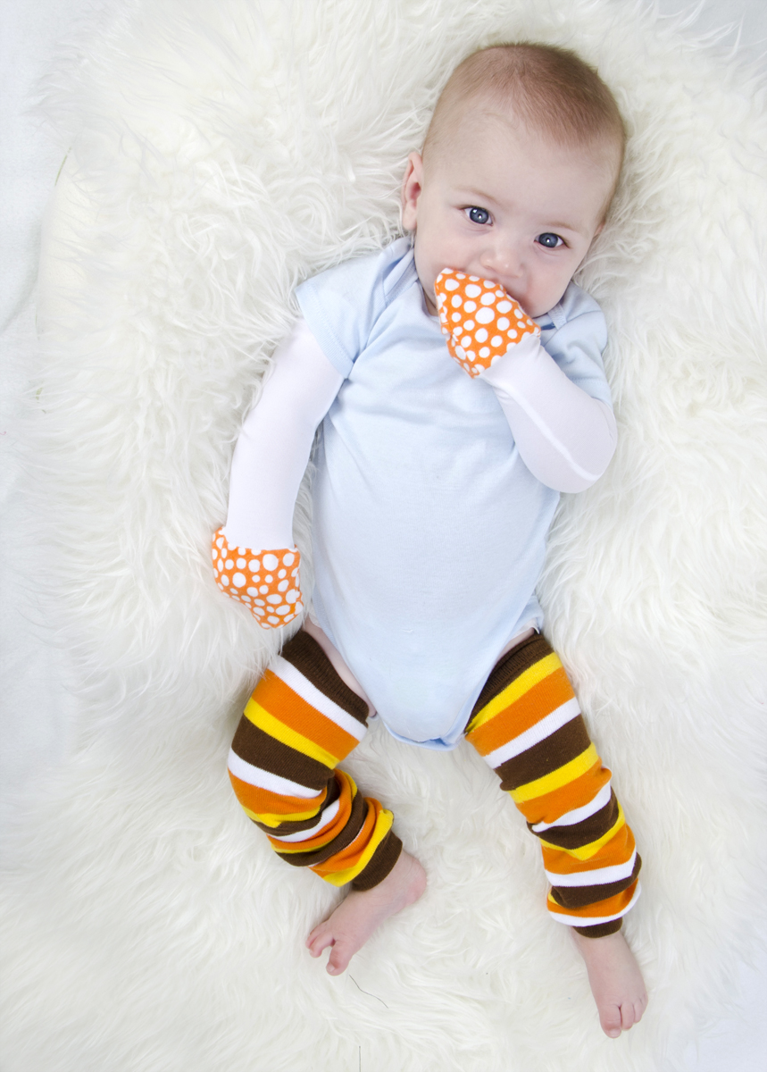 f68240291156e Little Kid Thanksgiving Leggings and Turkey Hat Set (Ages 2- 4)