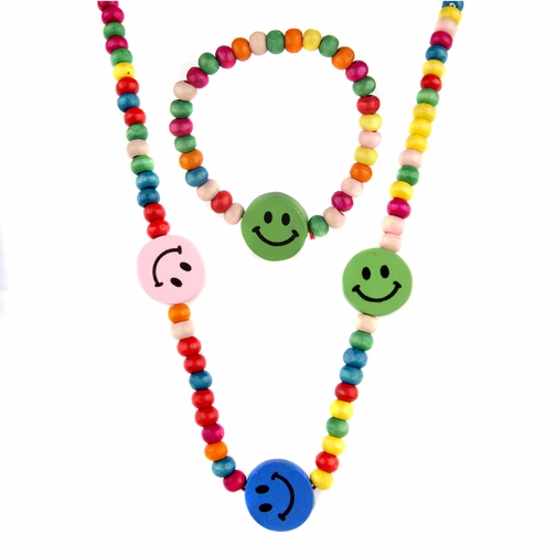 Riley's Little Girl Wooden Smiley Face Jewelry Set