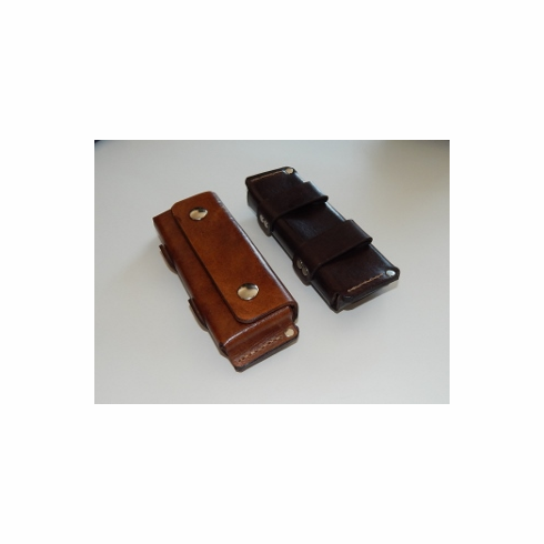 Horizontal folding knife leather belt sheath