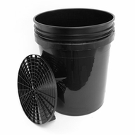 5 Gallon Professional Wash Bucket with Grit Guard - BLACK