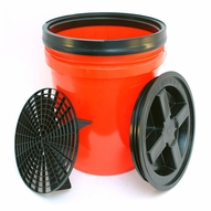 5 Gallon Wash Bucket Combo - RED