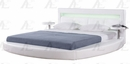 Buffy White Queen Bed (Oversized) by American Eagle Furniture