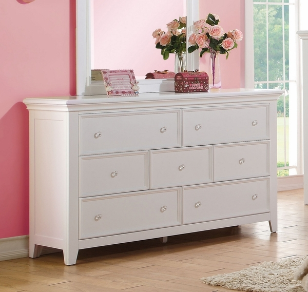 Lacey Youth 7-Drawer White Wood Dresser by Acme