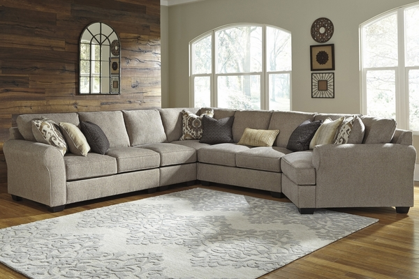 Benchcraft Pantomine 5-Pc Driftwood Sectional w/ RAF Cudler by Ashley