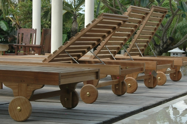 Capri Sun Lounger Adjusted Back & Side Tray by Anderson Teak