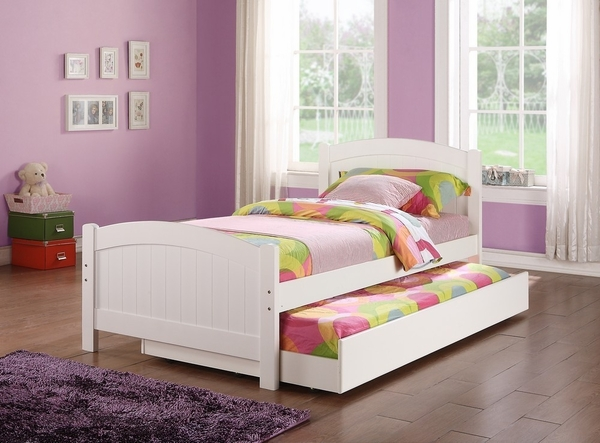 Sheila 3-Pc White Wood Twin Bedroom Set with Trundle by Poundex
