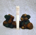Pinecone Cluster Bookends