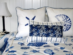 Blue Seashell and Seahorse Bedding