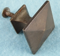 Single pyramid cast brass knob (1162)
